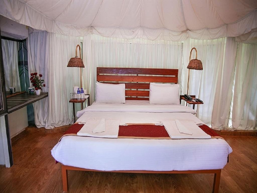 Swiss Tent Rooms