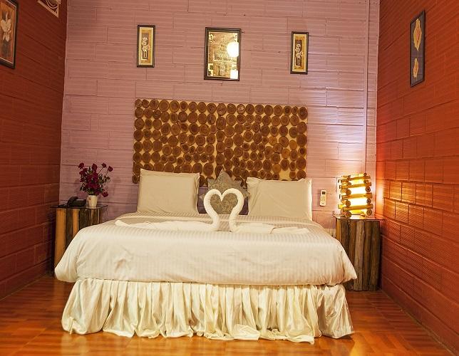 best luxury resorts in dandeli